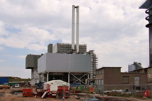 Assembly of two boilers at waste incinerating plant in Stassfurt, Germany